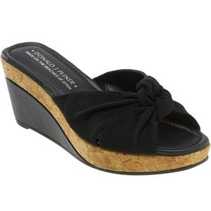 DONALD J. PLINER Charm Wedge Knotted Strap Sandal